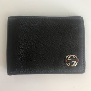 Authentic Gucci Leather Bi Fold Wallet